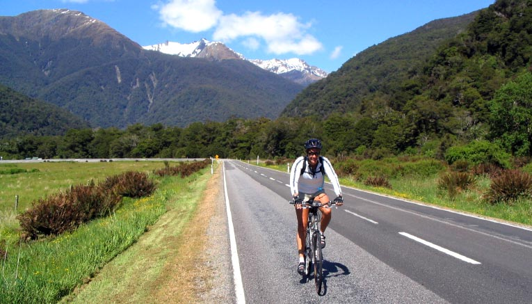 Bnzq-newzealand-biking-3